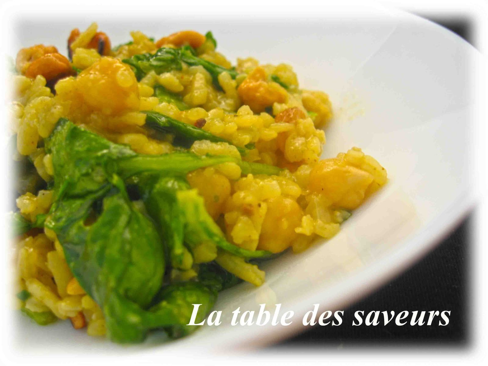 Riz au Curry, Epinard, Noix de Cajou, Raisin sec pois chiches