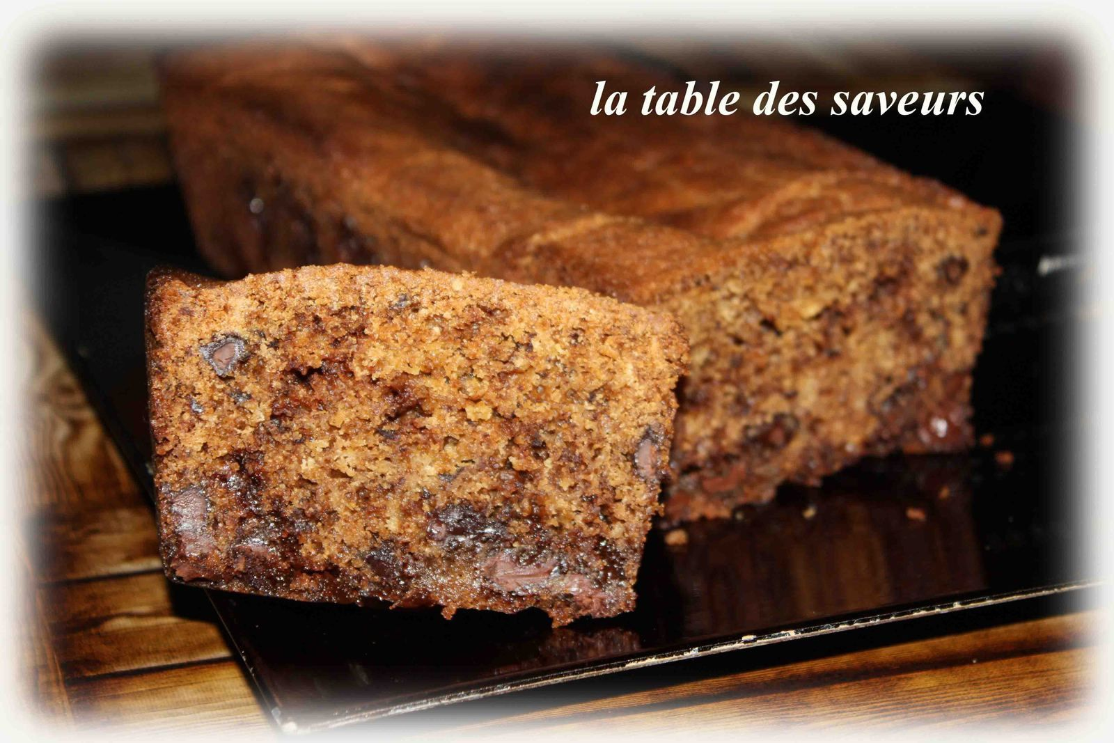 Cake gourmand chocolat, carambar et fève tonka