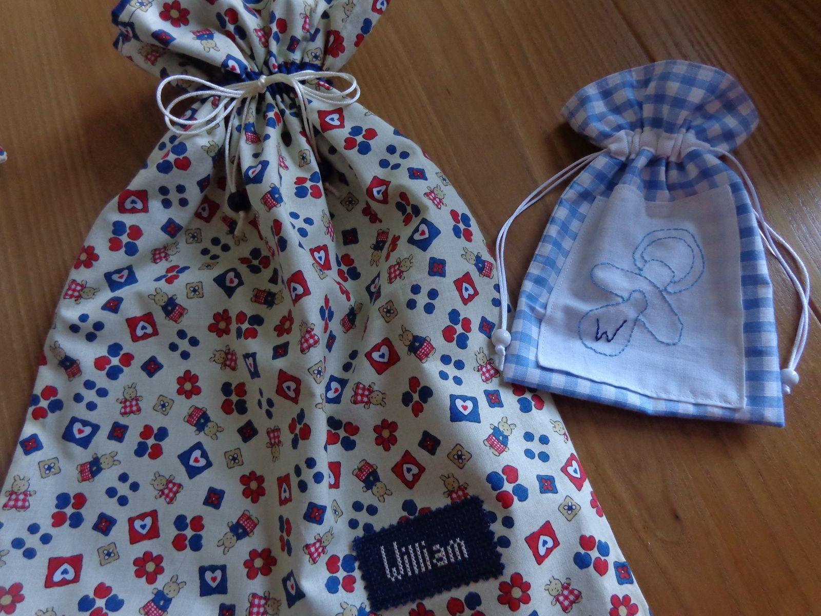sacs et pochettes à totoches pour des jumeaux