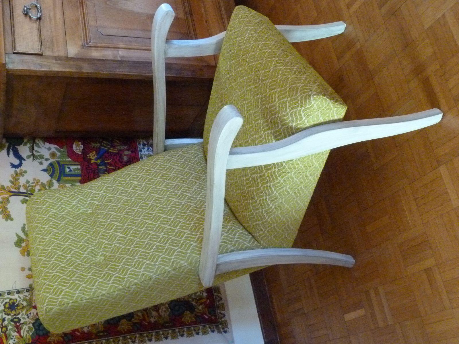 recouvrir un fauteuil chaise gagner tissus d ameublement pour fauteuils les tissus pour. Black Bedroom Furniture Sets. Home Design Ideas