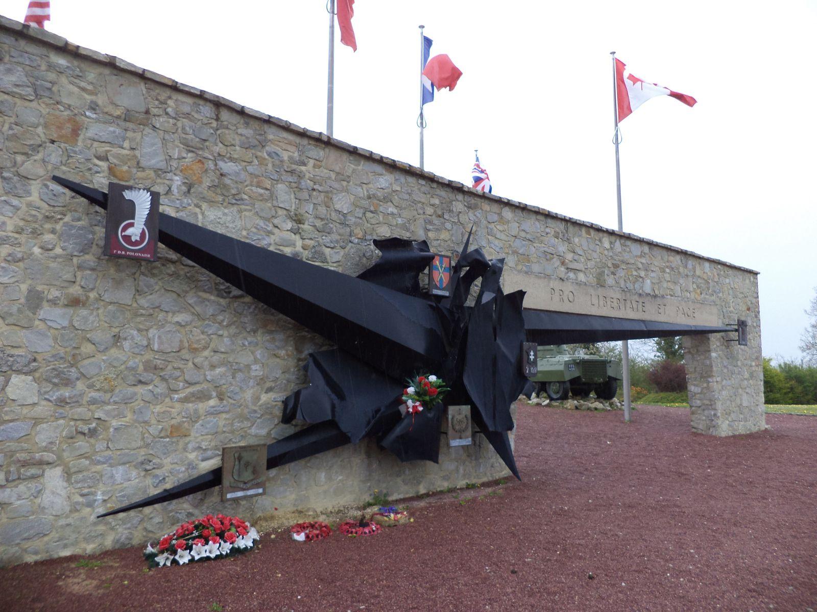 Le mémorial de MONTORMEL