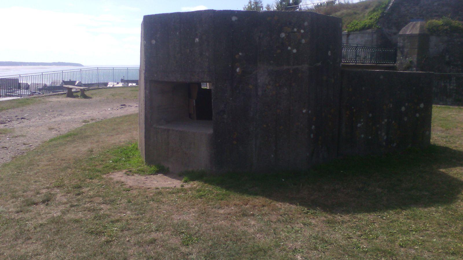 Granville :la pointe du Roc et ses bunkers