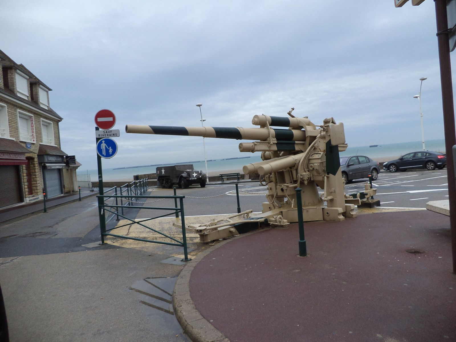Arromanches :le port artificiel