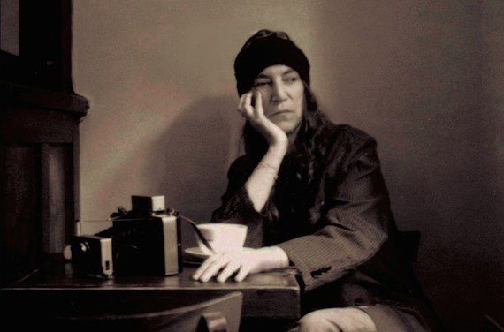 Patti Smith, photographie de Claire Alexandra Hatfield