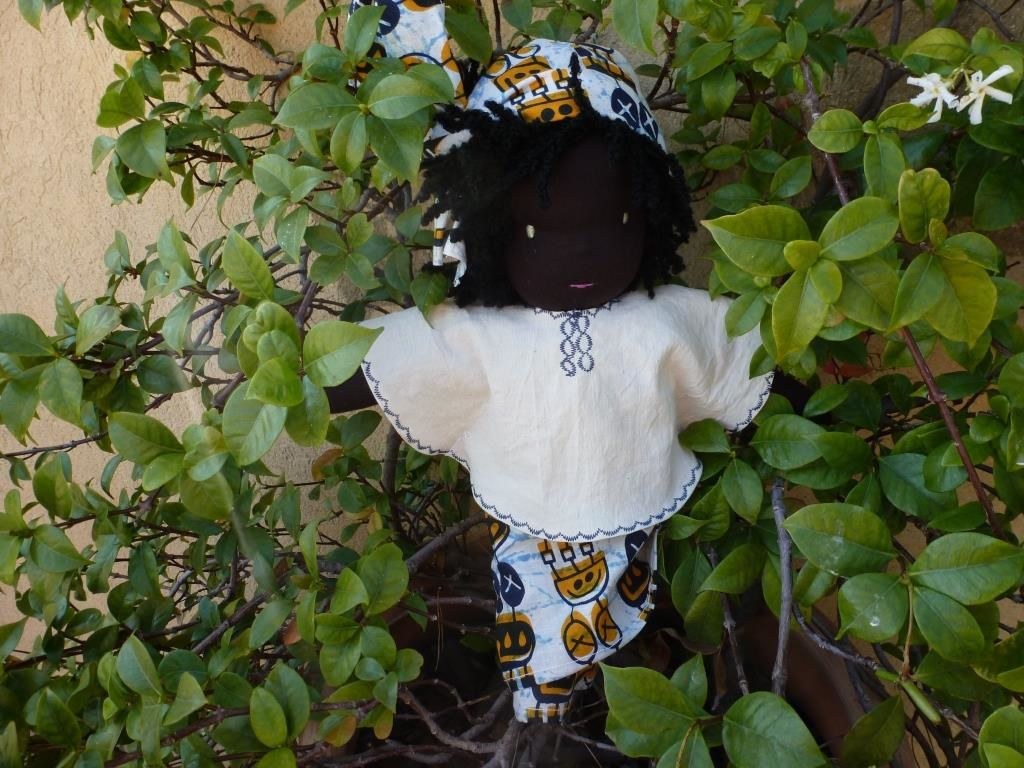 La poupée de Saly
