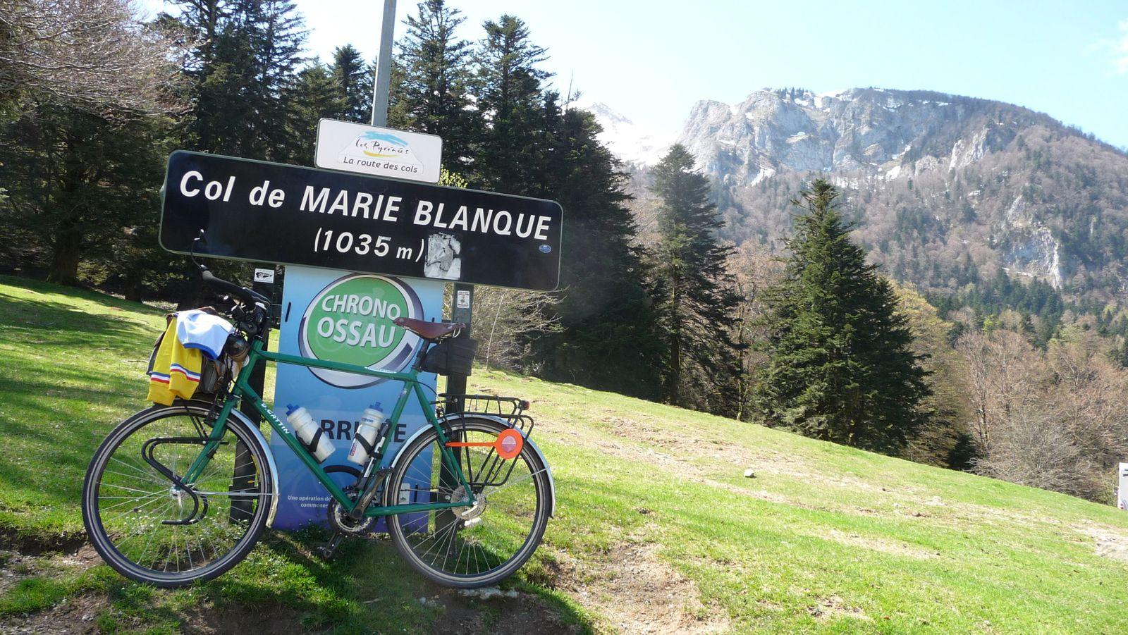 Le col de Marie-Blanque, sans neige.