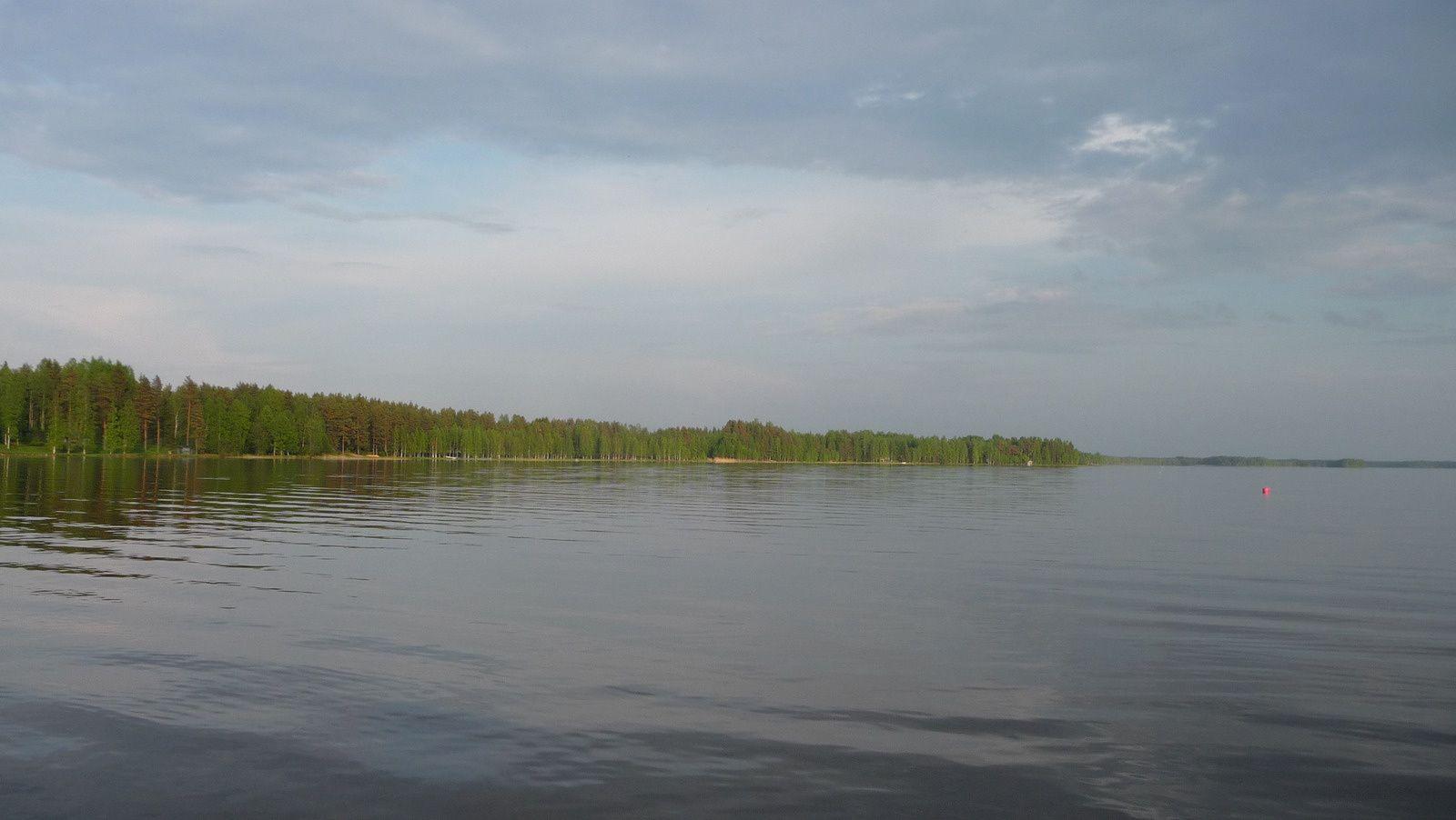 Pause au bord d'un lac.