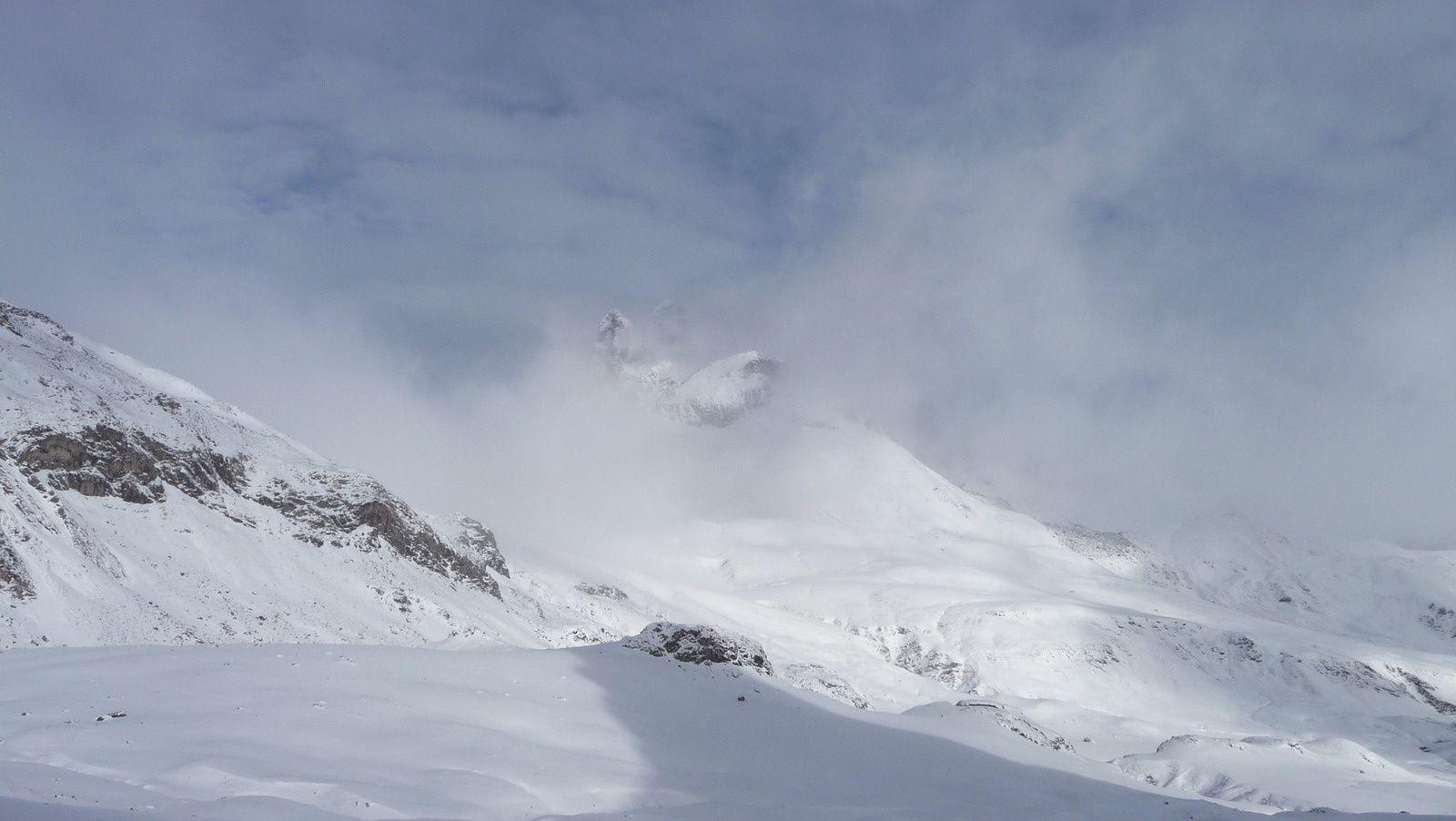 Jean-Pierre (Le Pic du Midi d'Ossau) se dévoile pour nous saluer.
