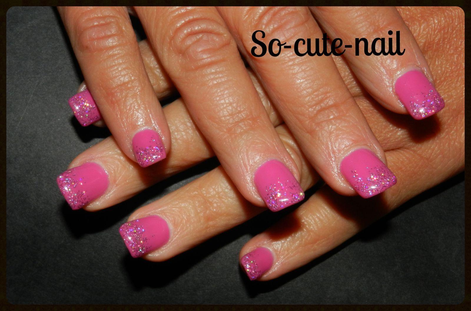 Fushia nail