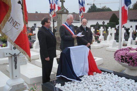 11 Novembre : inauguration de la tombe de regroupement des Morts pour la France