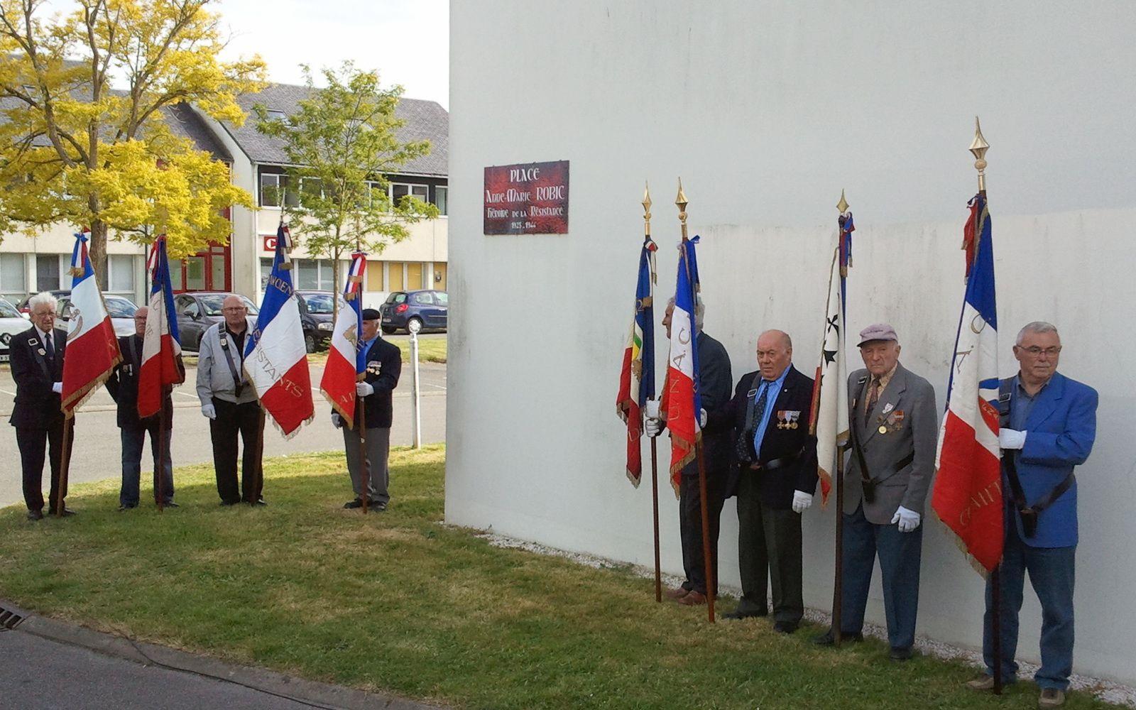 HOMMAGE AUX RÉSISTANTS DE PLOEMEUR