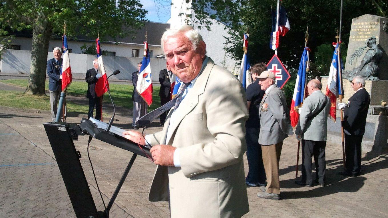 Jean Paul Le Moing le maître de cérémonie.