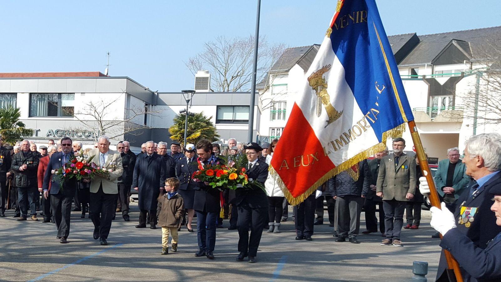 PLOEMEUR : Journée Nationale du souvenir et de recueillement à la mémoire des victimes civiles et militaires de la guerre d'Algérie et des combats en Tunisie et au Maroc