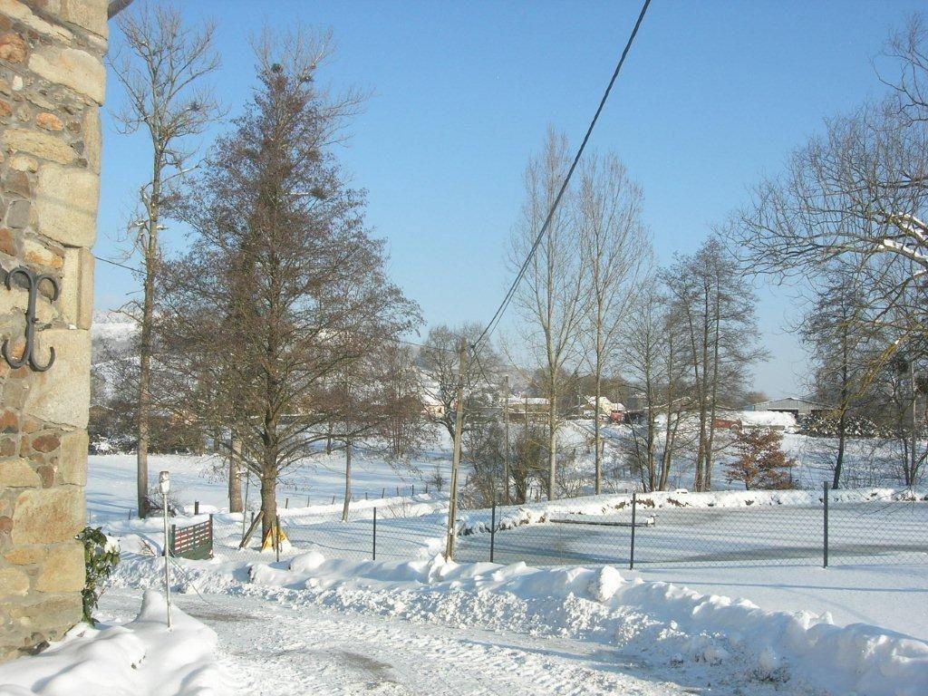 1- Crëche de Noël.   2 et 3 - Neige en Auvergne