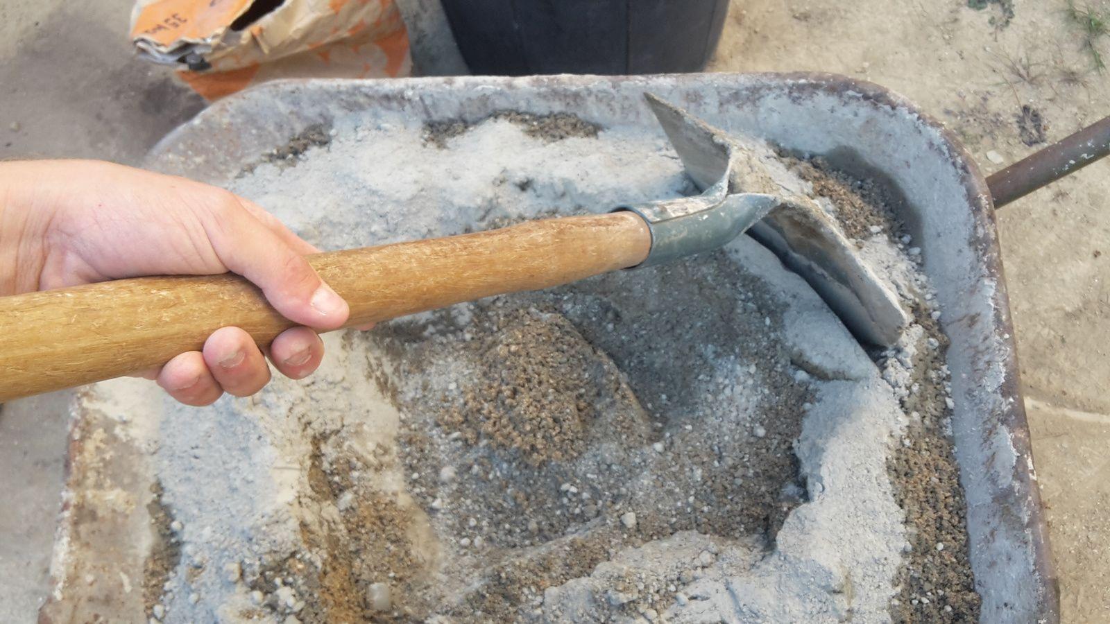 béton ou mortier pour sceller