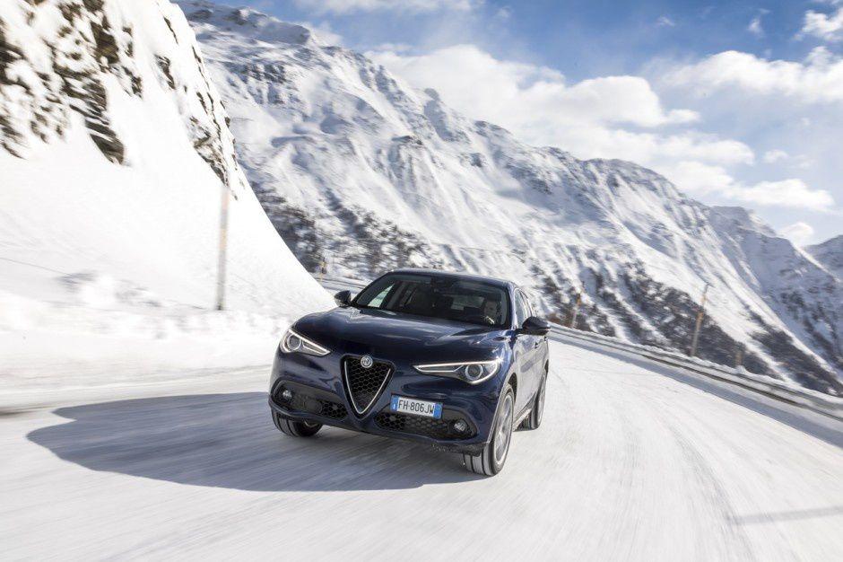 Alfa Romeo Stelvio suv 2017