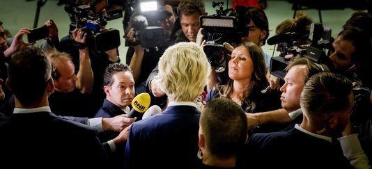 Geert Wilders s'adresse à la presse lors de la soirée électorale à La Haye, le 15 mars.