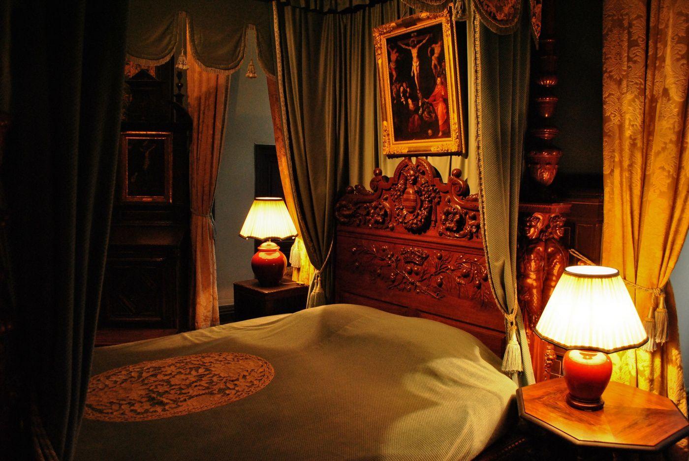 Château de Brissac: Chambre à coucher. (Photo prise le 19.10.2013)