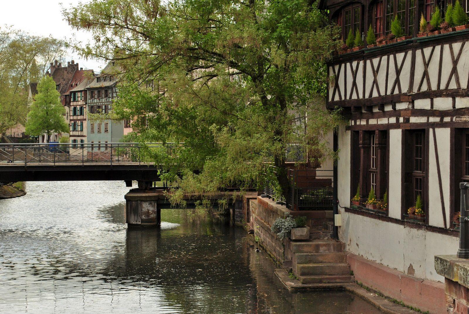 Strasbourg: Quartier de la Petite France. (Photo prise le 8.04.2014)