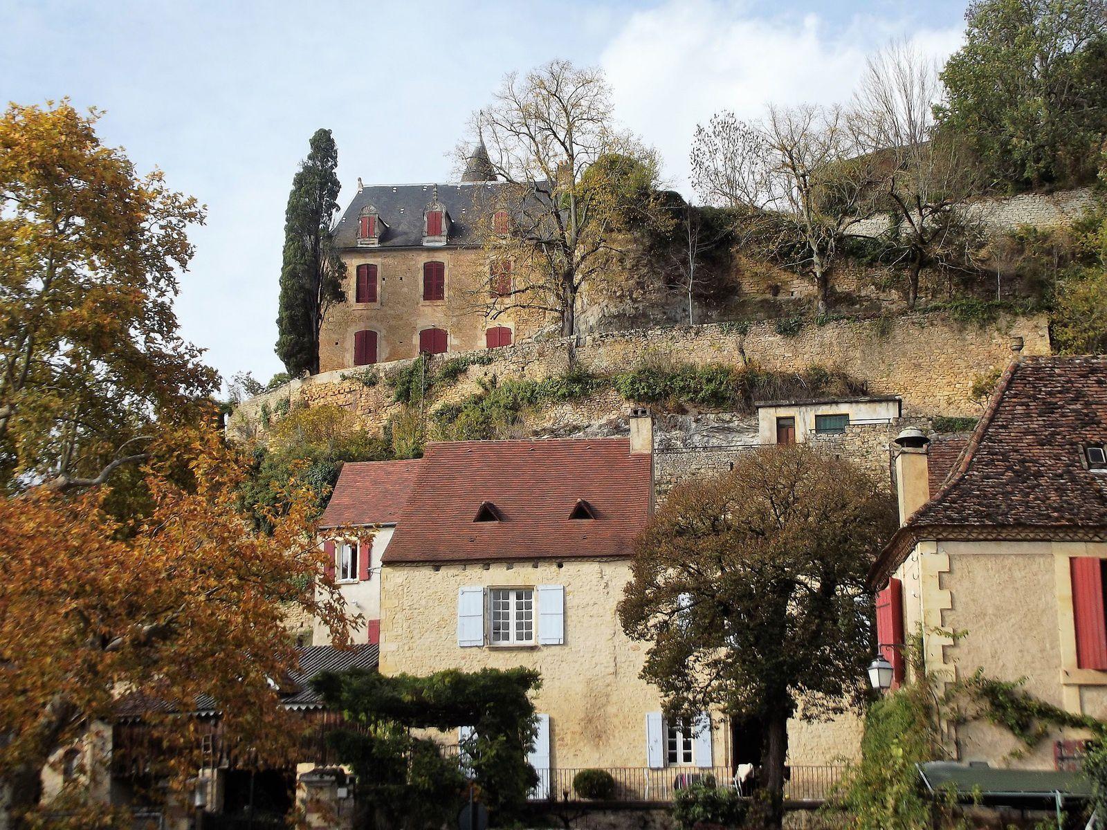 Département de la Dordogne: Village de Limeuil. (Photo prise par ma tante en 2015).