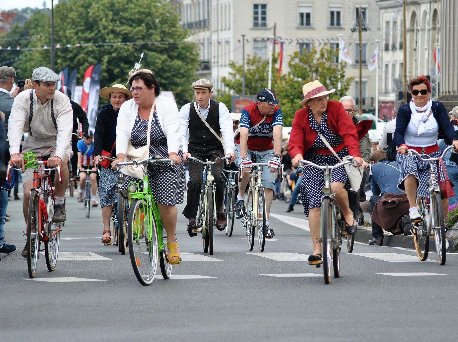 Saumur: Fête Anjou Vélo Vintage 2016. (Photo prise le 18.06.2016).