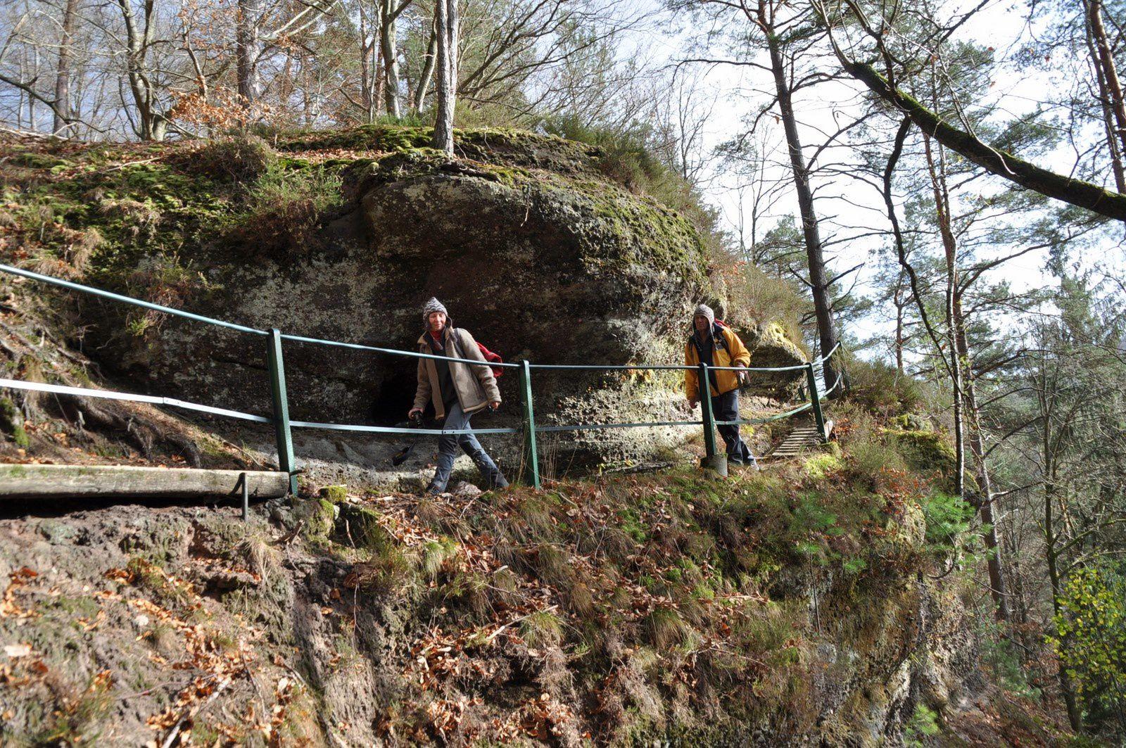 L'accès aux roches est très bien aménagé