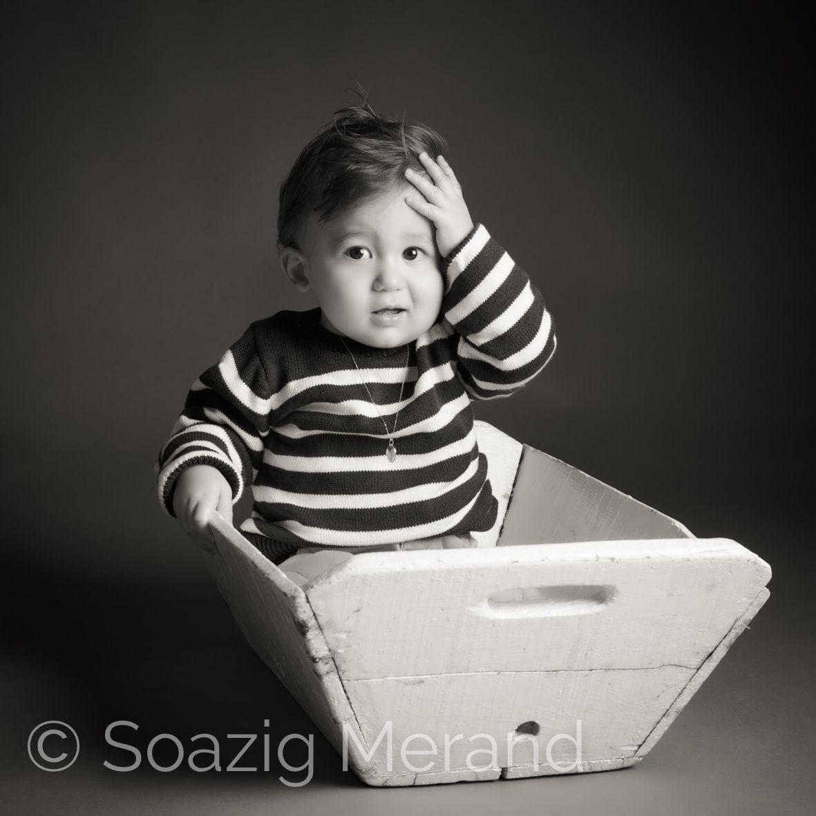 portraits bébé 1 an à Erdeven, morbihan, Soazig Merand Photographe proche Vannes Lorient Auray, famille heureuse