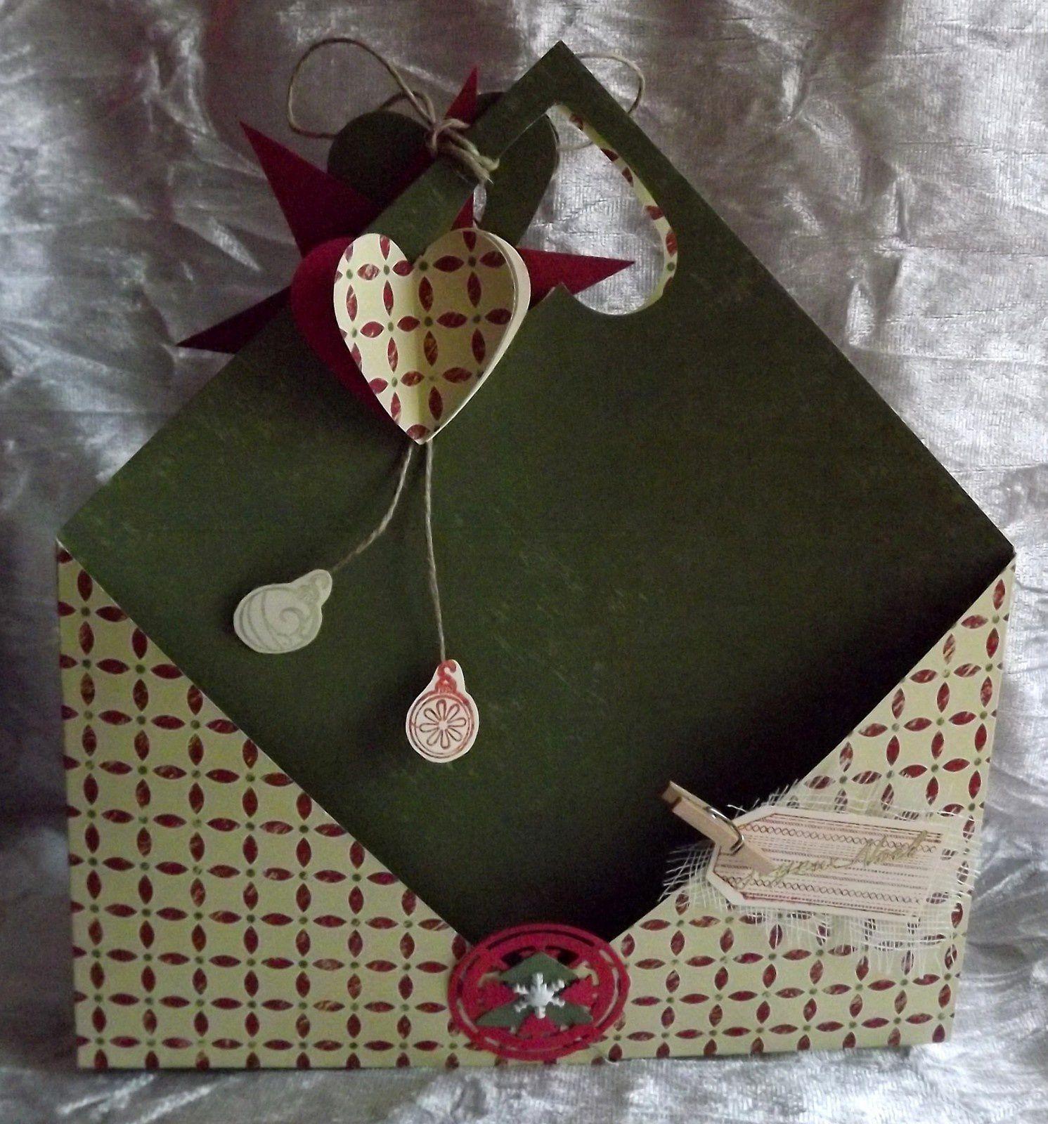 pochette de Noël et carte accordéon