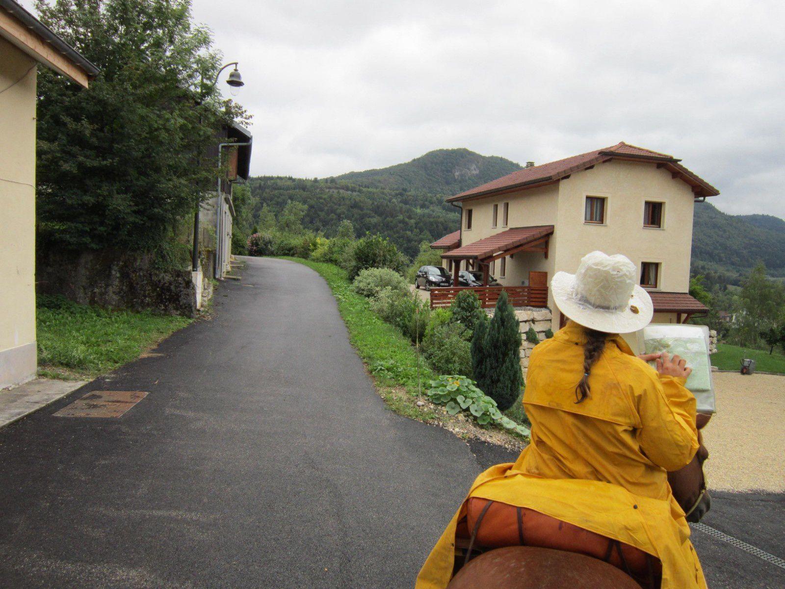 """Etape 2, départ du gîte """"La folie du Clos"""", une matinée plutôt humide, suivie d'une après midi sans vision! Dommage quelques beaux paysages ratés..."""