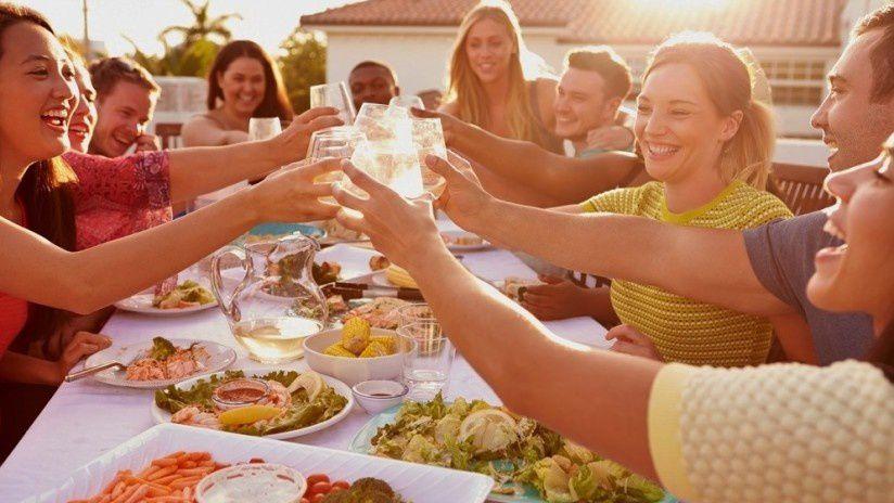 Le blog histoire rochoise faire conna tre la roche sur for Plat a manger entre amis