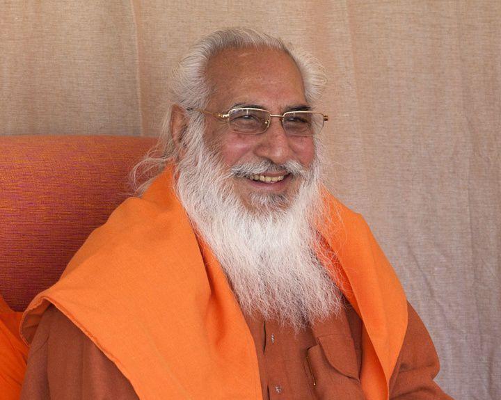 Chandra Swami&#x3B; &quot&#x3B;180 °&quot&#x3B;