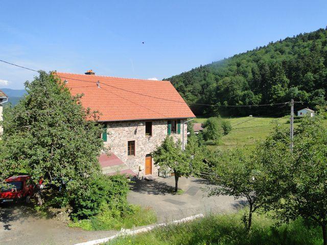 Solbach petit village qui respire la quiétude dans son vallon entre le mont saint Jean 750m et La Sapinière 696m