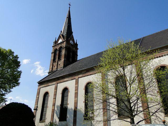 Depuis l'église de Flexbourg avec ses 42m jusqu'au Bruderbach de Westhoffen en passant par le Geisweg.