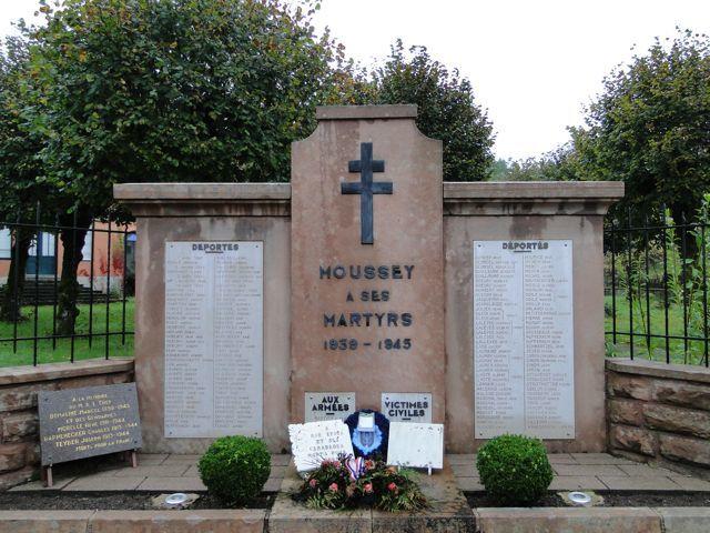 Le monument Moussey a ses martyrs.
