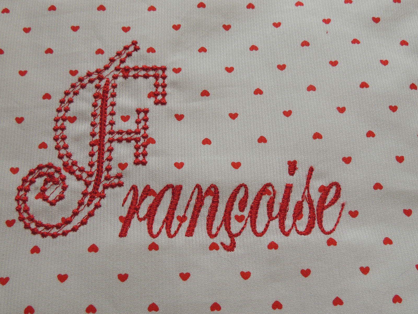 """Les coeurs  ainsi que la lettre """"F"""" viennent de chez """" Violette """""""