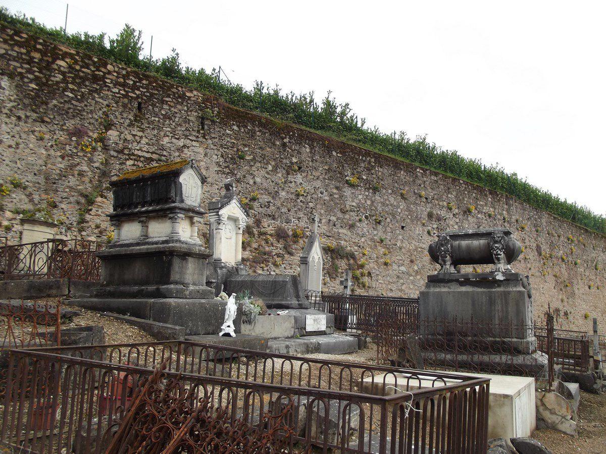 Cimetière d'Autun - Tombe du Général Changarnier (1793-1877) - Rue de la Maladière - 71400 Autun.