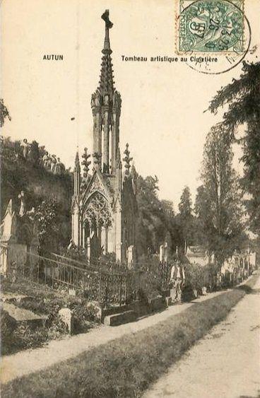 Cimetière d'Autun - Rue de la Maladière - 71400 Autun. ¤¤ Le monument des combattants de 1870 suivi de 4 CPA sur le cimetière.