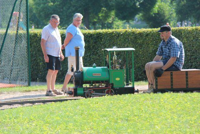 Rue Louis Aragon - 71400 Autun.  ¤¤ Autun vapeur parc, un réseau de chemin de fer miniature ¤¤    Les quatres dernières photos proviennent du site Autun-infos - Bastien Migault.