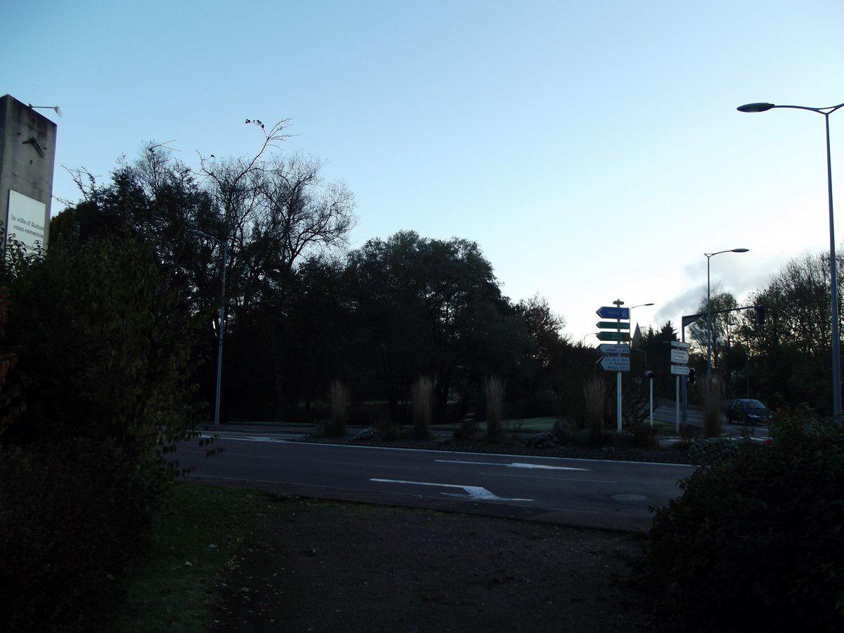 Carrefour du Vallon - 71400 Autun. ¤¤¤ Quartier Saint-Jean ¤¤¤