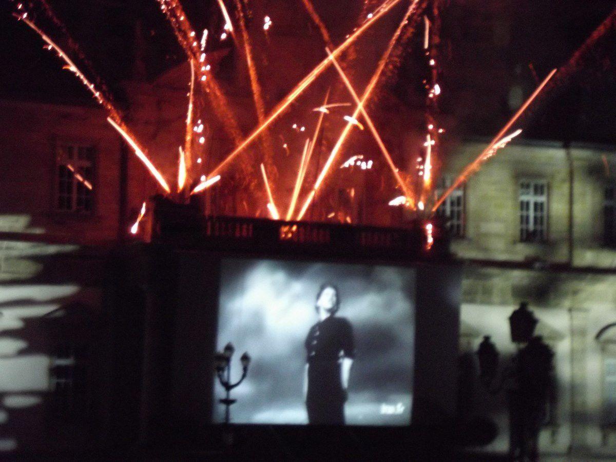 Soirée pyrotechnique - Place du Champ de Mars - 71400 Autun.