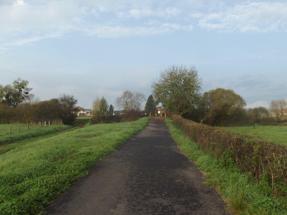 Route de Saulieu - Chemin de la Passerelle - 71400 Autun.