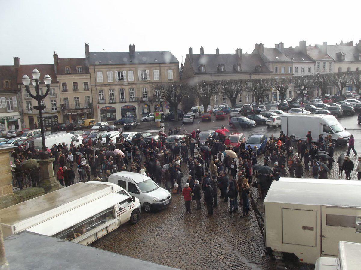 Hôtel de ville, place du Champ de Mars - 71400 Autun. ¤¤¤ Le 09 janvier 2015 ¤¤¤