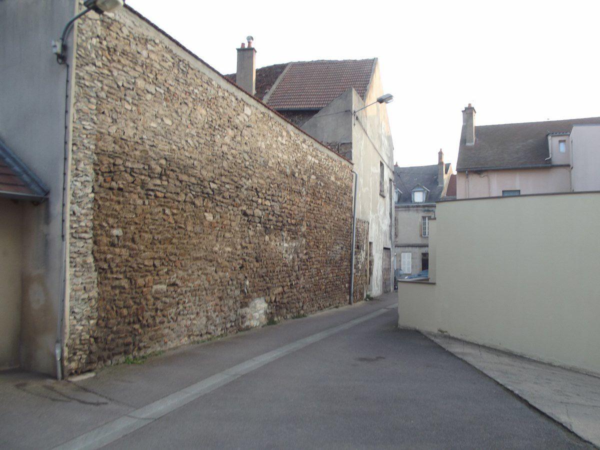 Rue Maître Georges Martin - 71400 Autun.