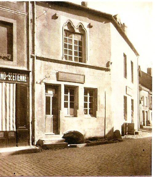 Petite rue Marchaux - 71400 Autun    ¤¤¤ AUTUN 1900 ¤¤¤