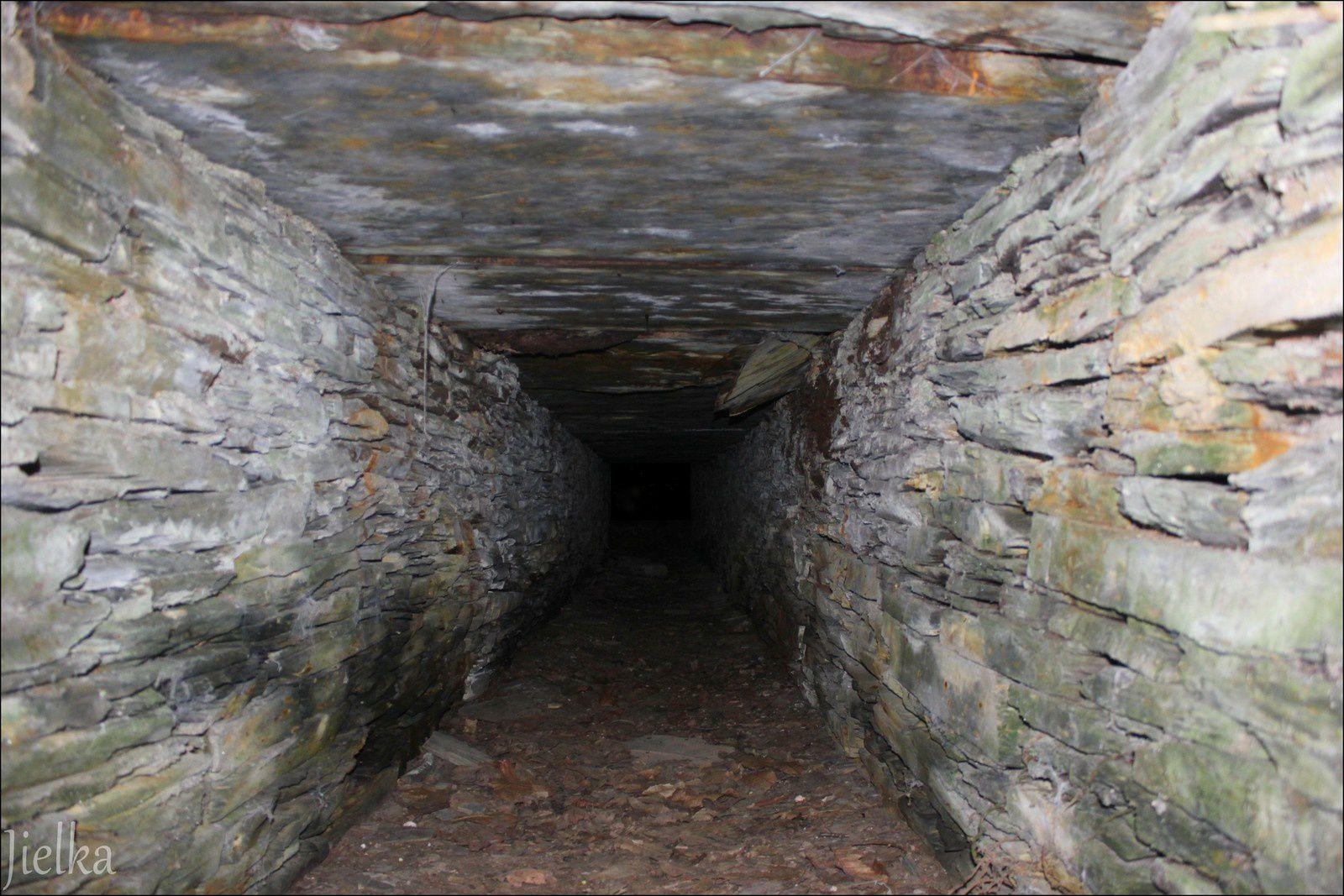 BEL-AIR de COMBRÉE (mine de fer de l'Ombrée)