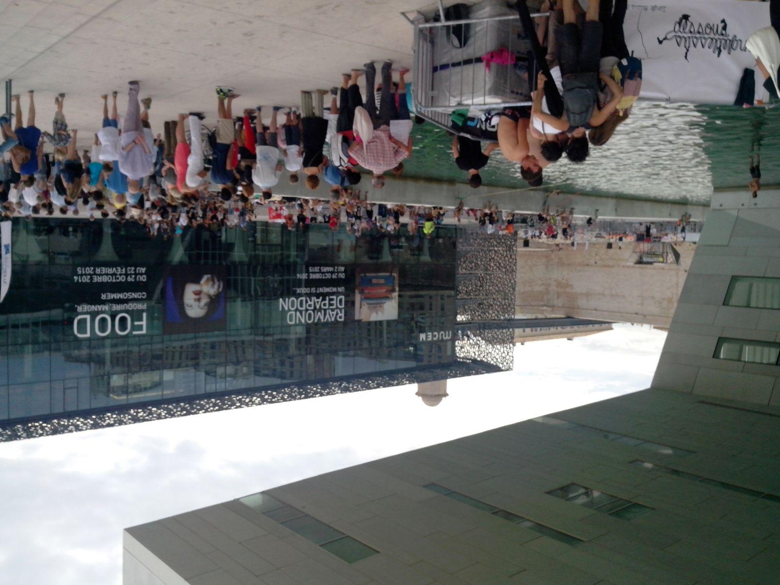 Slackline Contest 2014, devant le MUCEM de Marseille, 21 septembre 2014.