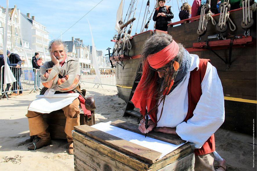 15 et 16 avril - reportage &quot&#x3B;Festival de la Flibuste&quot&#x3B; et le bateau de pirate