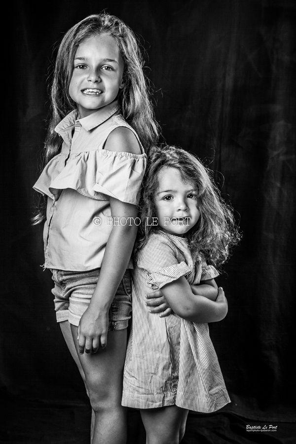 5 juillet - Portrait studio de Victoria et Rose