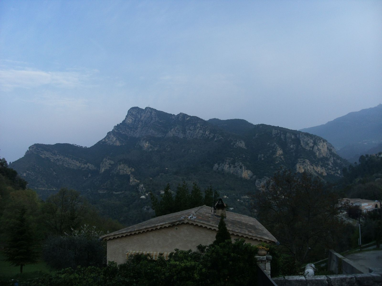 Tour et ascension du Mont Lion (1050m)