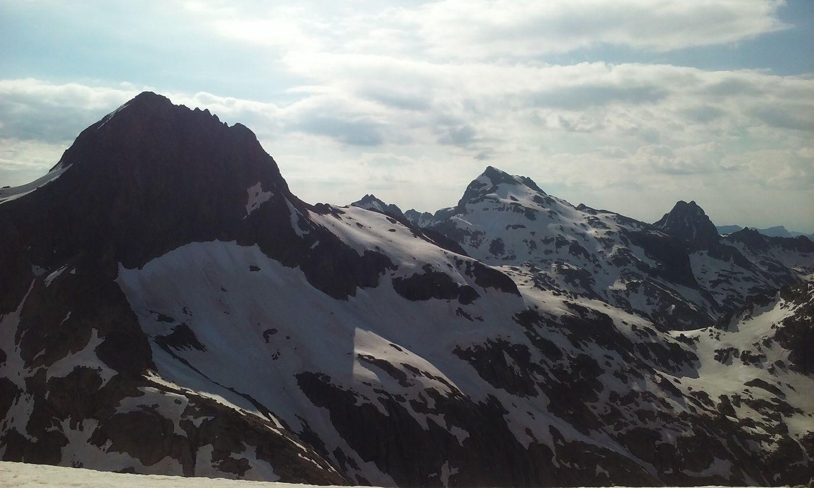 Le Balcon du Gélas (3085m)